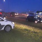 Homens ficam feridos após colisão entre moto e bicicleta na SP-304 em Americana