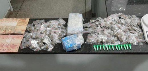 10º Baep apreende adolescente com drogas no Romano em Santa Bárbara