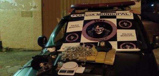 Drogas e revólver são apreendidos em Cosmópolis